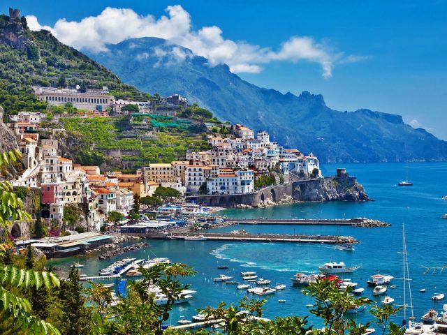 Vacanta Coasta Amalfi, 110 euro/p (zbor+cazare+transfer)