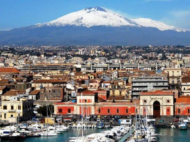 Zboruri ieftine catre Sicilia, de la 33 euro/pers