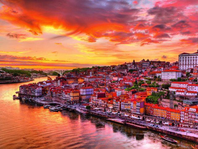 City break Lisabona, 116 euro/p (zbor+cazare 3 nopti)