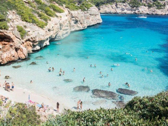Vacanta in Mallorca in august, 331 euro/p (zbor+cazare 7 nopti)