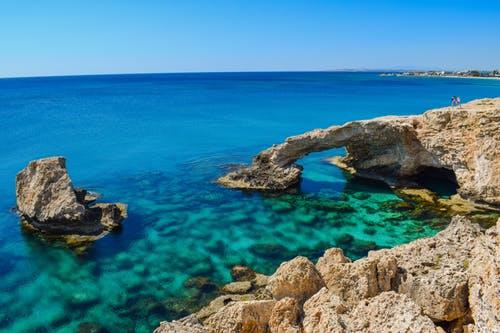 Zboruri ieftine spre Cipru in Septembrie, de la 80 euro/p dus-întors